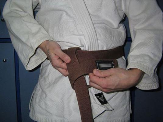 Айкидо: как завязать пояс