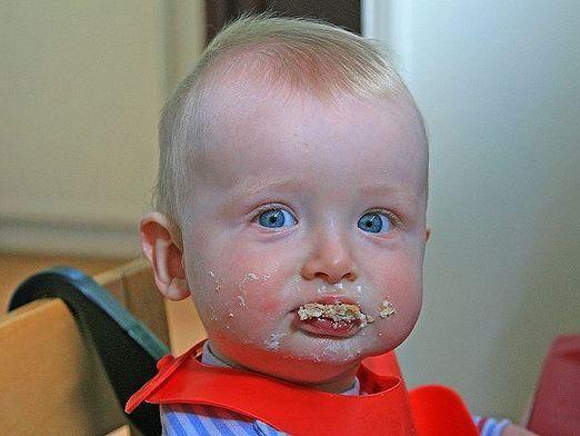 Чем кормить ребенка 5 месяцев?