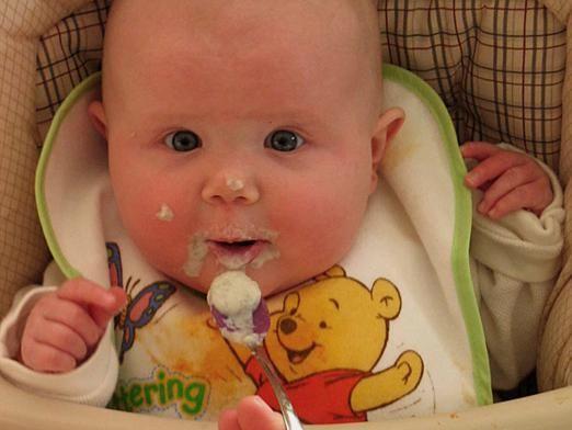 Чем кормить ребенка в 7 месяцев?
