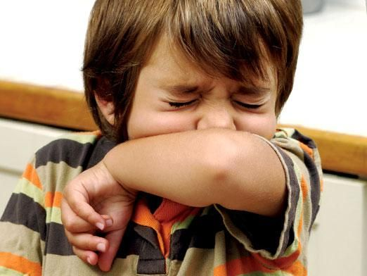 Чем лечить кашель у ребенка?
