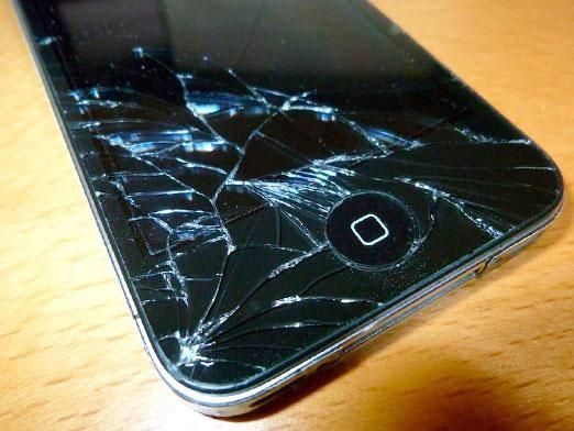 Что делать, если телефон не включается?