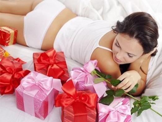 Что подарить девушке?