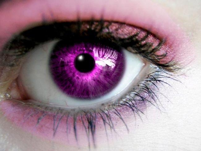 Фиолетовые глаза: что мы о них знаем?