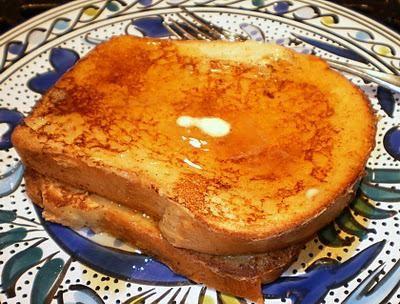 солодкі грінки з білого хліба
