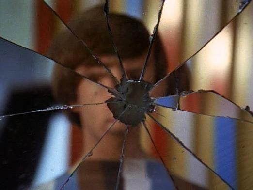 К чему разбивается зеркало?