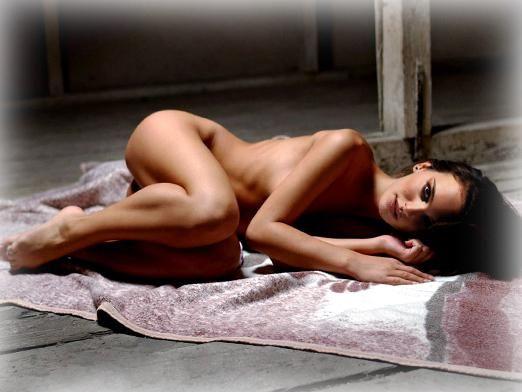 К чему снится голый человек?
