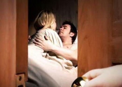 К чему снится измена мужа?