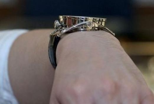 До чого сняться наручний годинник?