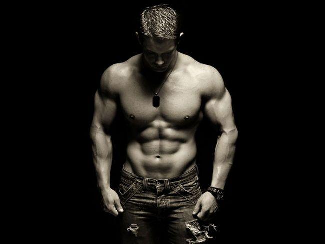 Розвинені м'язи красиво виглядають
