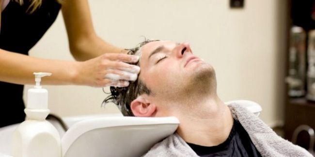 Чоловіки повинні мити голову кожні 3 дні