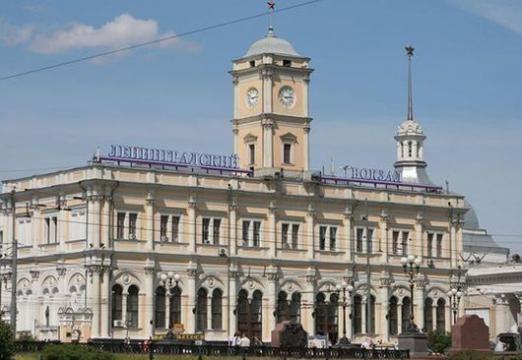 Как доехать до ленинградского вокзала?