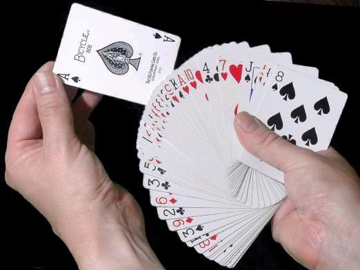 Как гадать на игральных картах?