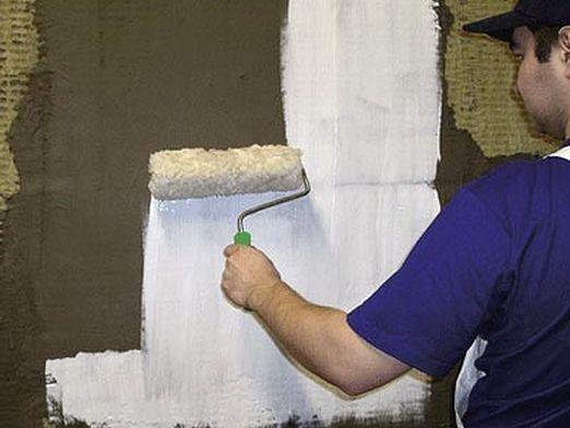 Как грунтовать стены?