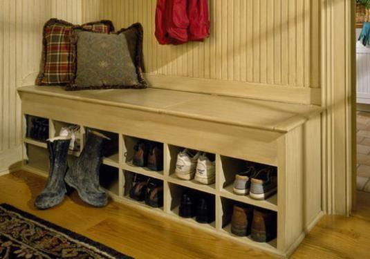 Як зберігати взуття?