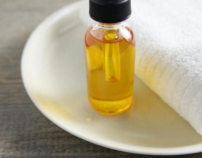 Маска для волосся з касторової олії