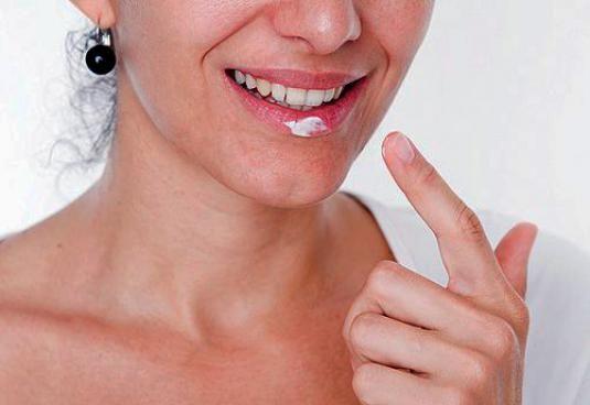 Как лечить губы?