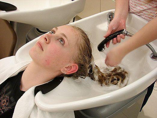 Как мыть волосы?