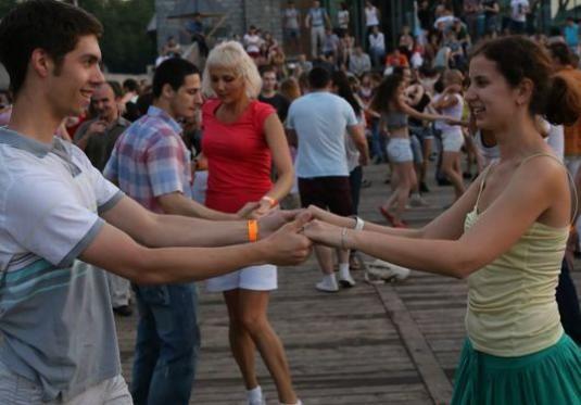 Як навчитися танцювати: для початківців?