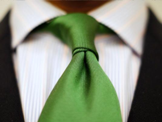 Как носить галстук?