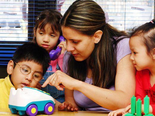 Как открыть детский центр?
