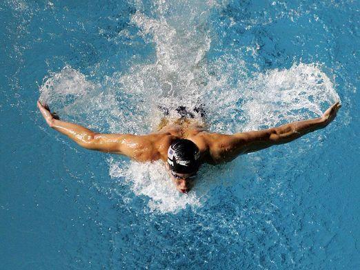 Как плавать баттерфляем?