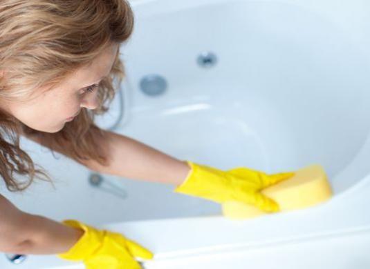 Як почистити ванну?