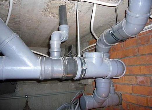 Как подключить канализацию?