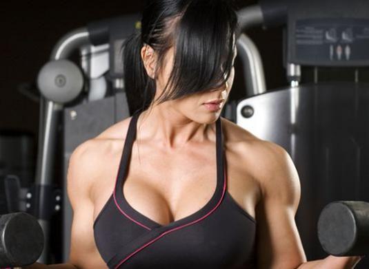 Как подтянуть грудные мышцы?
