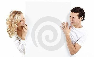 Как понять, что ты нравишься парню? советы