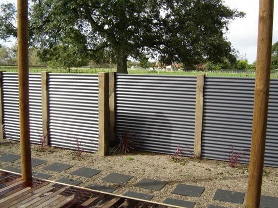 побудувати паркан з профнастилу ціна