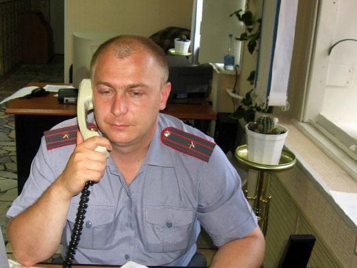 Как позвонить в милицию?