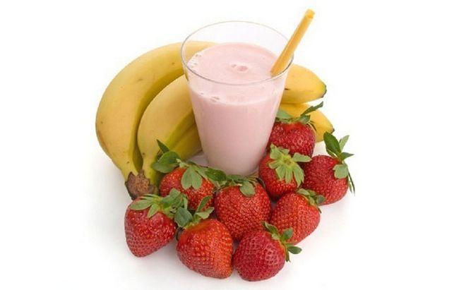На фото фрукти, ідеальні для білкової суміші
