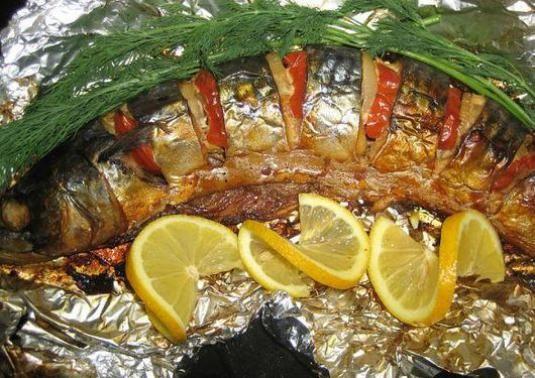 Як приготувати рибу у фользі?