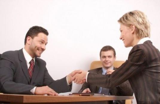 Как принимать на работу сотрудника?