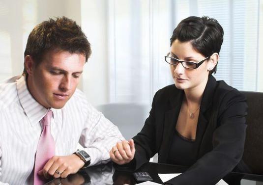 Как принять работника на работу?
