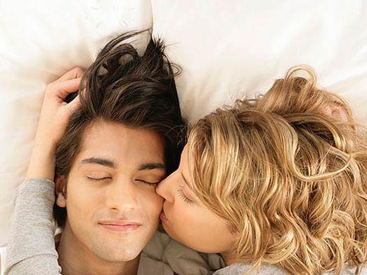 Как разбудить любимого?