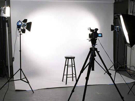 Как сделать фотостудию?