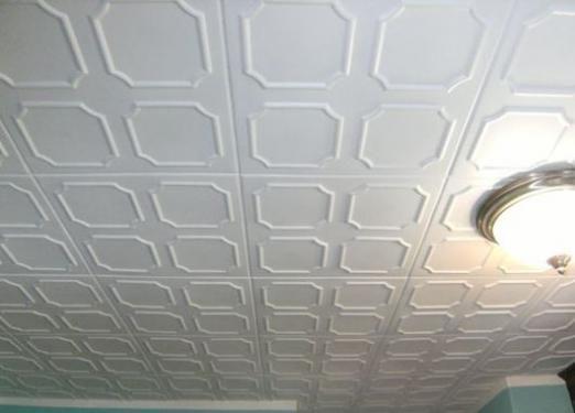 Как сделать пластиковые потолки?