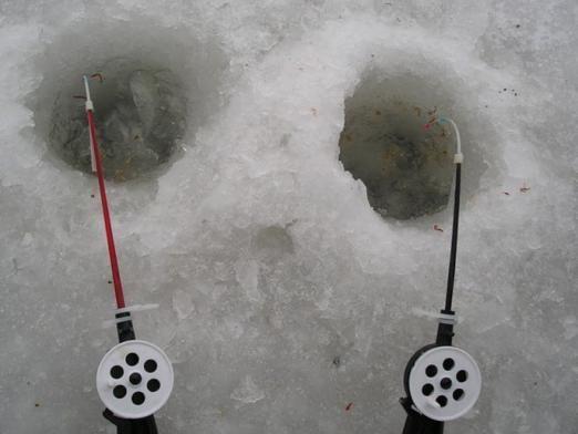 Як зробити зимову вудку?