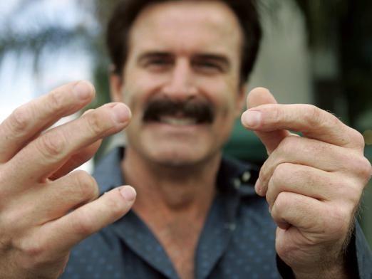 Как щелкать пальцами?
