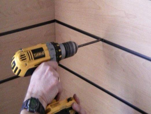 Как штробить стену?
