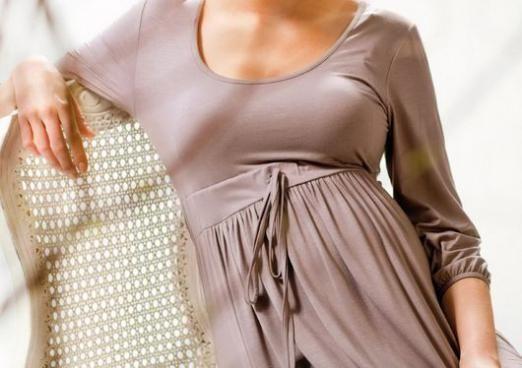 Як приховати живіт одягом?