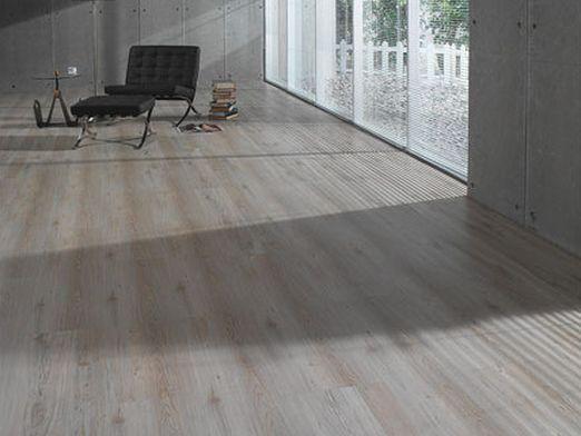 Как стелить деревянный пол?