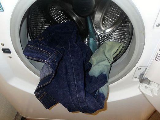 Як прати штани?