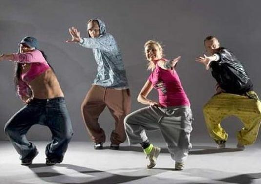 Как танцевать современно?