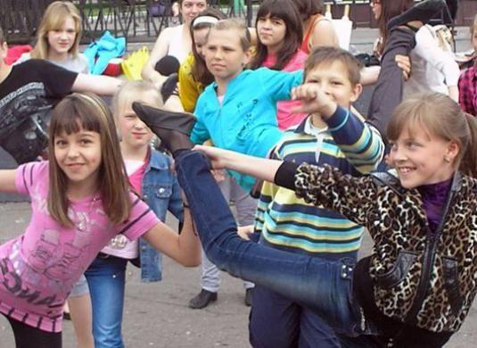 Как танцуют дети?