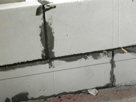 Як зміцнити стіну?