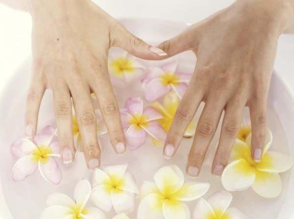 як зміцнити нігті гелем