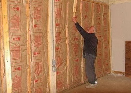 Как утеплить стену?