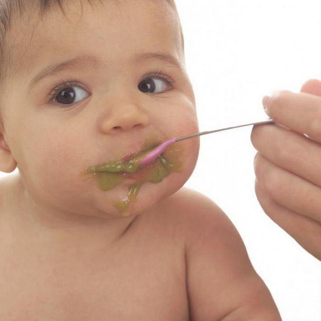 Як проявляється алергія у немовлят